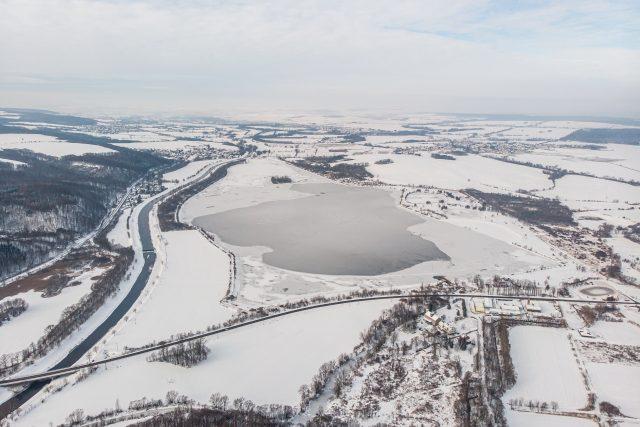 Hlučínské jezero v prosinci 2020 | foto: Kamil Vitásek,  Město Hlučín