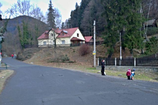 Cesta z Ostravice směrem k transformátoru