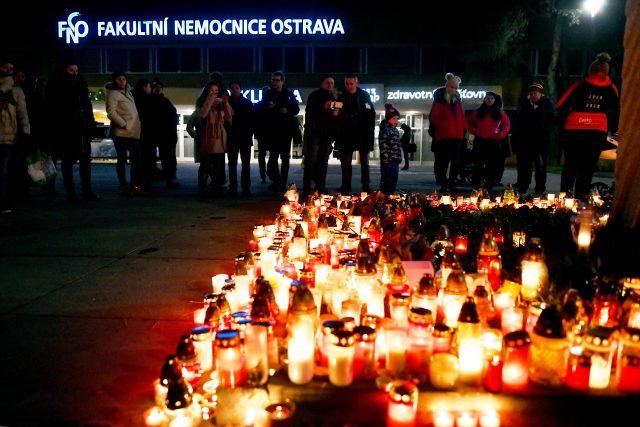 Uctění památky u Fakultní nemocnice v Ostravě