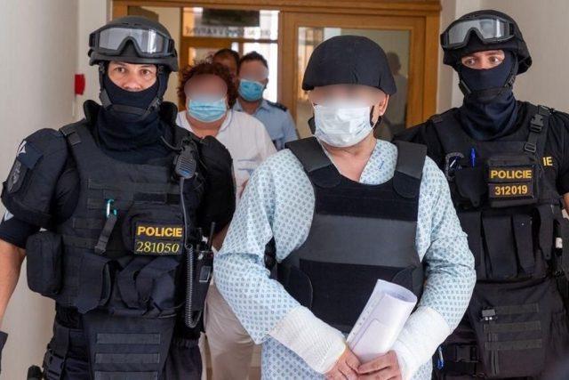 Okresní soud v Karviné uvalil vazbu na čtyřiapadesátiletého muže obviněného kvůli zapálení bytu v Bohumíně.