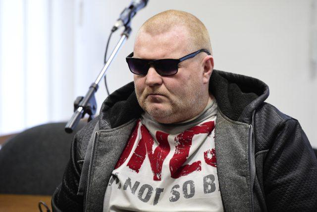 Obžalovaný Maroš Gajdošík před senátem Vrchního soudu v Olomouci