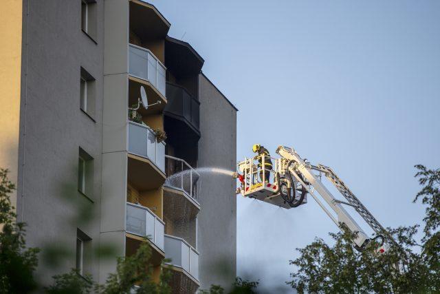 Požár v Bohumíně propukl v jednom z bytů v jedenáctém patře | foto: Pryček Vladimír,  ČTK